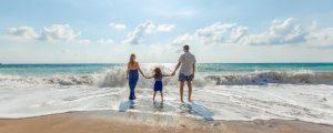Famile på stranden